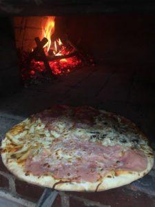 Pizza Quattro stagioni in Sibiu